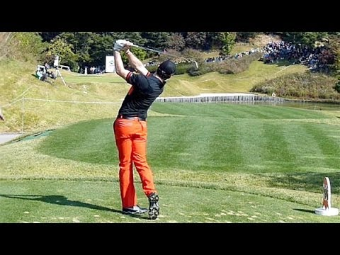 [Slow HD] Rory McIlroy 2013 IRON with practice golf swing (8)