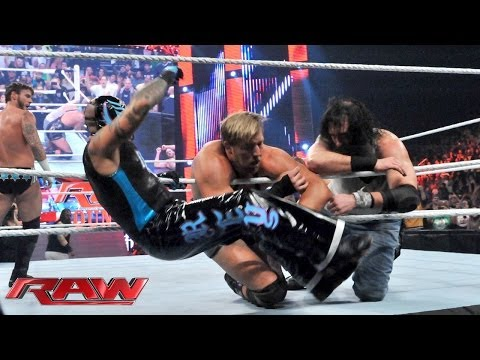 PUNK - CM Punk, Daniel Bryan, The Rhodes Brothers & The Usos face The Shield & The Wyatt Family in an action packed main event on Raw Country.