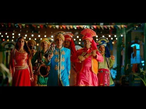 """شاهد- رقص هندي وكوميديا وأكشن في الإعلان الأول لفيلم """"جحيم في الهند"""""""