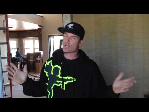 "Vanilla Ice Says DecorativeCeilingTiles.net is ""Really Hot"""
