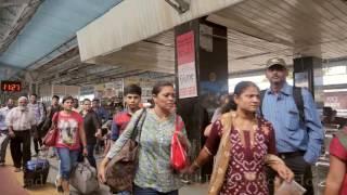 Vadodara India  City new picture : Vadodara Railway Station, Gujarat, India. वडोदरा(बरोड़ा), गुजरात, भारत