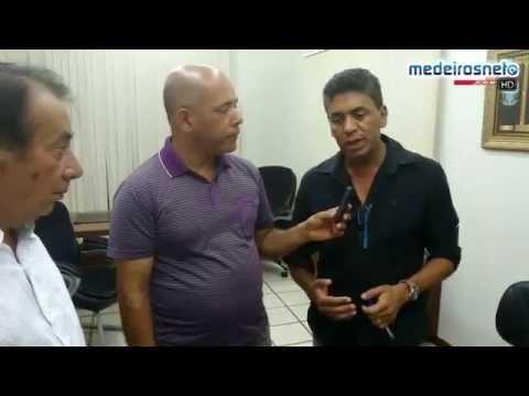 PROBLEMA DA SECA EM MEDEIROS NETO É DISCUTIDO ENTRE O PREFEITO E PECUARISTAS DA REGIÃO