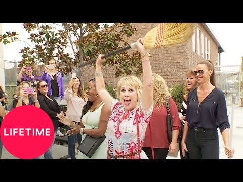 Dance Moms: Moms' Take: Cathy's Back (Season 7, Episode 2)   Lifetime