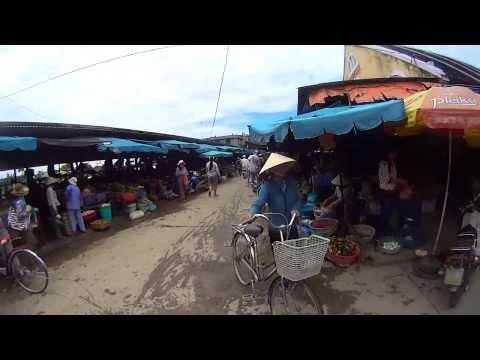 vijetnam - Šetnja tržnicom u Hoi An-u (Vijetnam) Nikola Lesar - Putopis jednog kuhara www.facebook.com/NikolaLesarPutopis.
