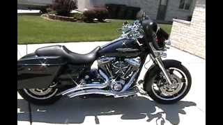 10. 2012 Harley Davidson FLHX Street Glide With Vance & Hines Big Radius 2 Into 2 Pipes..... Sick!