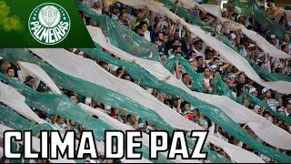 Torcidas do Palmeiras e Rosario Central fazem a festa juntas fora do estádio. Acesse os canais do Mesa Redonda para mais...