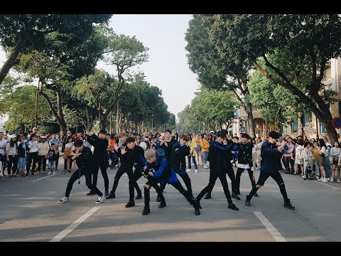 [ KPOP IN PUBLIC CHALLENGE ] Wanna One (워너원) - 'BOOMERANG (부메랑)' Dance Cover @ FGDance from VietNam - Thời lượng: 3:08.