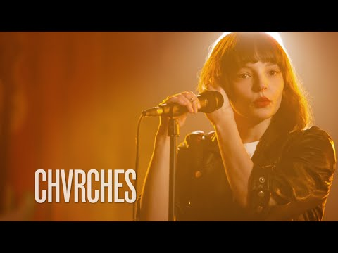 """Chvrches """"Mother We Share"""" Guitar Center Sessions on DIRECTV"""
