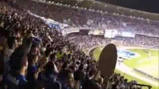 Na primeira partida das quartas de final Copa Libertadoes 2009, o Cruzeiro derrota o São Paulo no Mineirão por 2 a 1. Precisando empatar a segunda partida no Morumbi para avançar na competição Sulamericana. Aqui os gols da partida narrados por Alberto Rodrigues da Rádio Itatiaia, com imagem do estádio da torcida 5 estrelas e da Sportv.