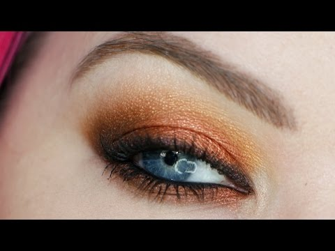 Lights - Here's a great fall makeup tutorial using the Makeup Geek Vegas Lights palette Key Products Lorac Behind The Scenes Primer http://bit.ly/1Ckftho Makeup Geek Vegas Lights Palette http://www.makeup...