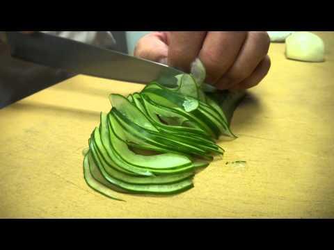 神級廚師被挑戰矇著眼睛切片黃瓜