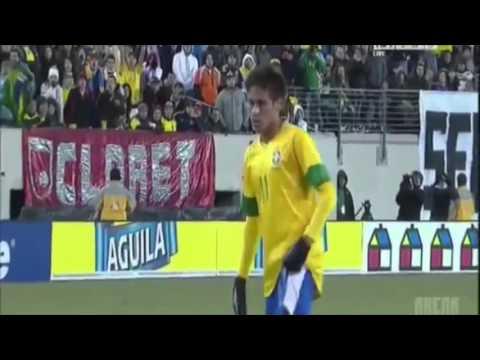 Willian is better at free kicks than Neymar is at penalties