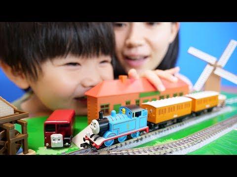 初めての鉄道模型 きかんしゃトーマスDXセット