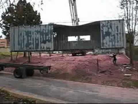 containers - O Projeto Casa Container objetiva desenvolver e difundir novas técnicas construtivas utilizando contêineres marítimos como estrutura principal, sempre eviden...