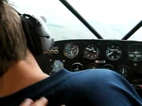 Pilot FAINTS! Best Ever PRANK! LOL FUNNY Piloto Pegadinha BROMA XD