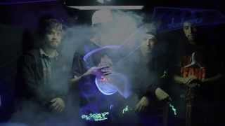 I Walk On Smoke Clouds-Mendo Dope (Official Video)