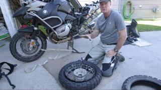 7. BMW R1200GS rear tire change