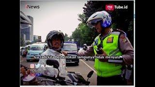 Video Polisi Gelar Razia Lampu Motor Siang Hari di Wilayah Jaktim Part 03 - Police Story 13/06 MP3, 3GP, MP4, WEBM, AVI, FLV Juni 2018