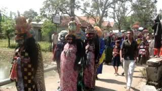 Video Kesaktian Pancasila - Suku Dayak Hindu Budha Bumi Segandu Indramayu MP3, 3GP, MP4, WEBM, AVI, FLV Maret 2019