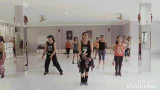 "Video Zumba ""Five More Hours"" MP3, 3GP, MP4, WEBM, AVI, FLV September 2017"