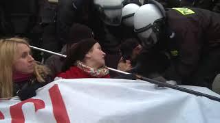 Policja nie zauważyła, że pod jej nosem przechodzi największa faszystowska demonstracja w Europie.