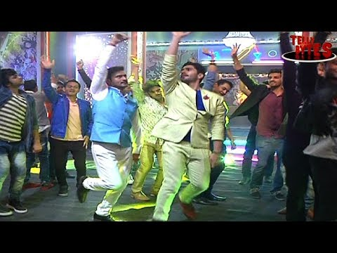 Bachelor party in Saam Daam Dand Bhed