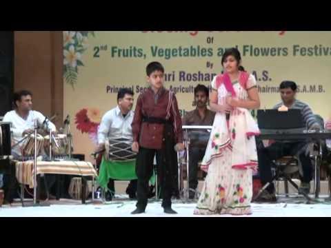 Video Chadhti Jawaani Meri Chaal Mastaani evergreen Rafi-Lata duet sung by Aamrapali and Deepanshu Mahajan download in MP3, 3GP, MP4, WEBM, AVI, FLV January 2017