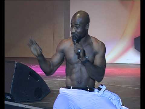 harrysong's performance at the NMVA 2011