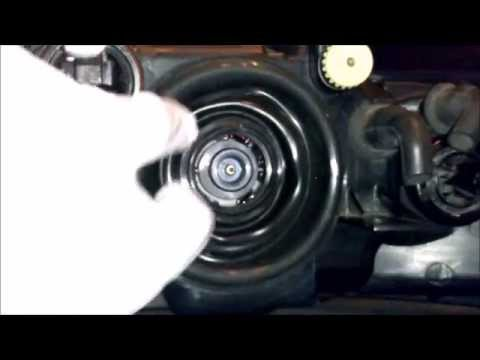 01-03 BMW E39 5 Series How To Replace Your HID/Xenon Headlight Bulbs DS2 Lowbeam