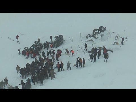 Τουρκία: Δύο χιονοστιβάδες προκάλεσαν δεκάδες νεκρούς