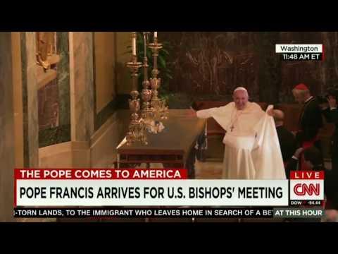 papa francesco: miracolo con tovaglia in cattedrale, america.