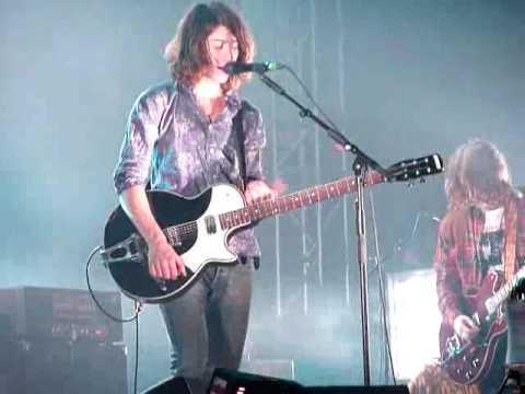 A los Arctic Monkeys se les queda pequeño Vistalegre