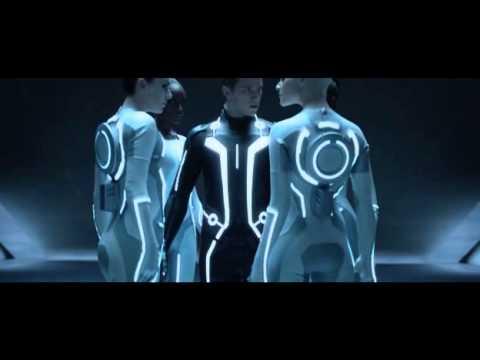 Tron.Legacy-Inizio giochi-Preparazione di Sam Flynn.BDRip.XviD.AC3.ITA.avi