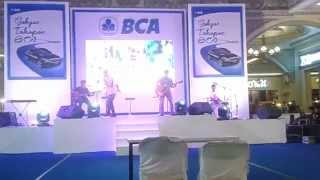 Perform JPS (Java Pentatonis) di JCM Jogja City Mall