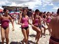 Beach Girls Dancing - Italian Summer Party