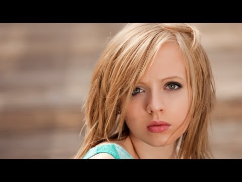 """Jessie J  """"Domino"""" Cover by Madilyn Bailey"""