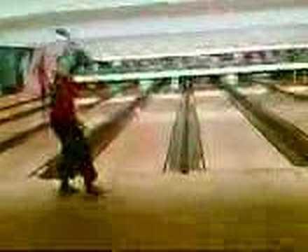 Tirada impresionante de Bowling