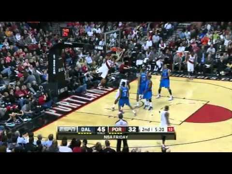 Nicolas Batum dunks on the Mavericks