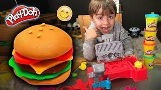 HAMBURGUER DE MASSINHA PLAY DOH!! Playdough Hamburguer  - Hasbro Toys for Kids - Maikito e Brancoala