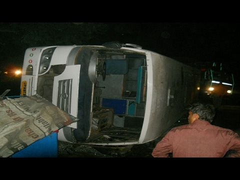One dead, 40 injured after a bus overturns in Meerut