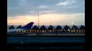 Bangkok Suvarnabhumi International Airport Landing -Thai Airways International (TG 314)