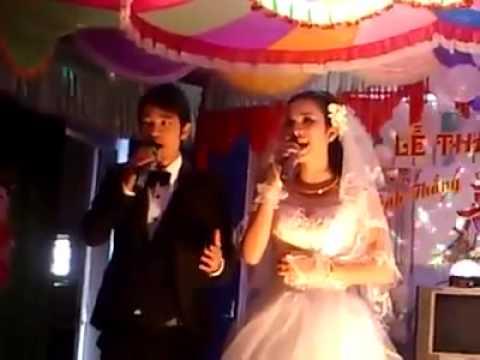 Hai vợ chồng hát tại đám cưới như Anh Thơ Trọng Tấn