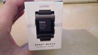 אפשר להתקין עברית לשעוני פבל (באנדרואיד ודאי, אולי גם באייפון אבל לא בטוח) בסרטון זה אפשר לראות שיש עברית בשעוני pebble