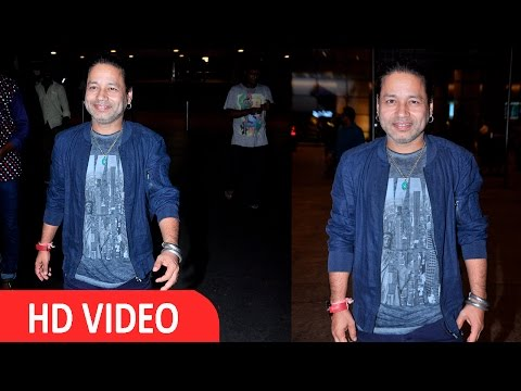 Kailash Kher Spotted At International Airport