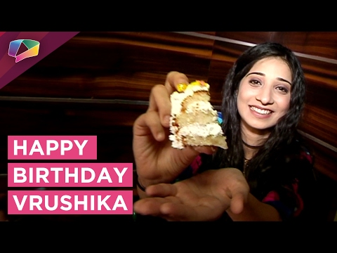 Vrushika Mehta Celebrates Her Birthday And Plays A