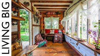 Yoga Teacher's Amazing Furniture-Free Tiny House Designed For Body