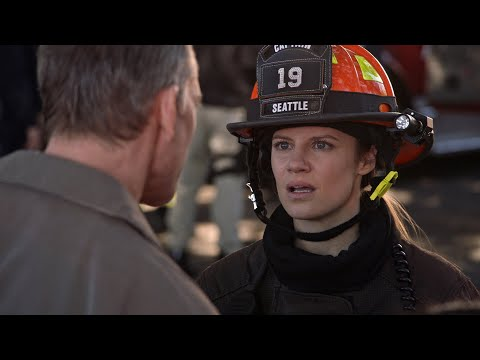 Maya Deals With Her Dad During a Bomb Threat - Station 19
