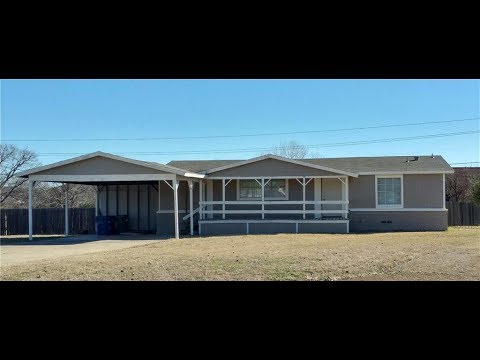 Grapevine Homes for Rent: Roanoke Home 3BR/2BA by Grapevine Property Management