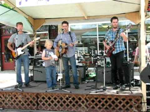 Hoodoo Voodoo by Stationwagon and William. June.5.2010.AVI