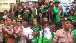 Video Detik -Detik Arema Indonesia vs Persebaya, ISL 2009-2010 MP3, 3GP, MP4, WEBM, AVI, FLV November 2018